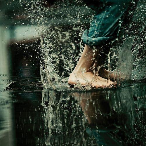 Penjagaan Kaki Musim Hujan